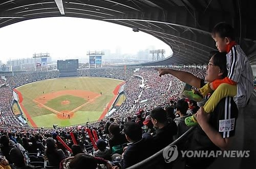 (News Focus) Wide-open KBO season leaves no clear-cut title favorite - 3