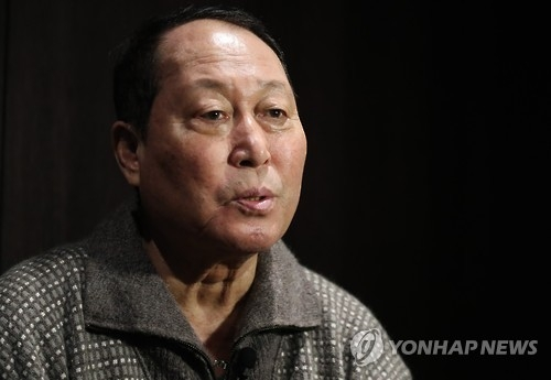Kim In-sik, manager of the South Korean national baseball team, speaks in an interview in Seoul on Jan. 2, 2016. (Yonhap)