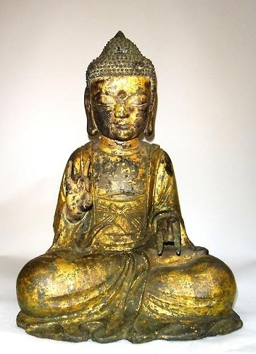 The image provided by the Cultural Heritage Administration is the Gilt Bronze Seated Amitabha Buddha. (Yonhap)