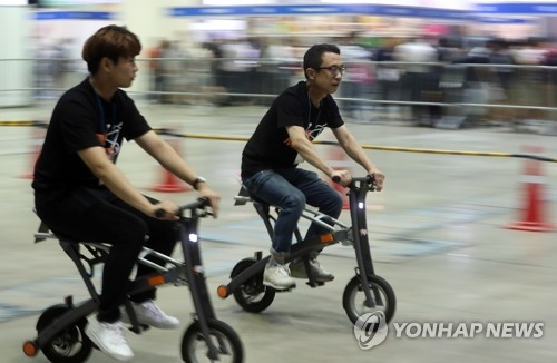 (Yonhap Feature) Personal mobility devices expanding fast but face hurdles - 3