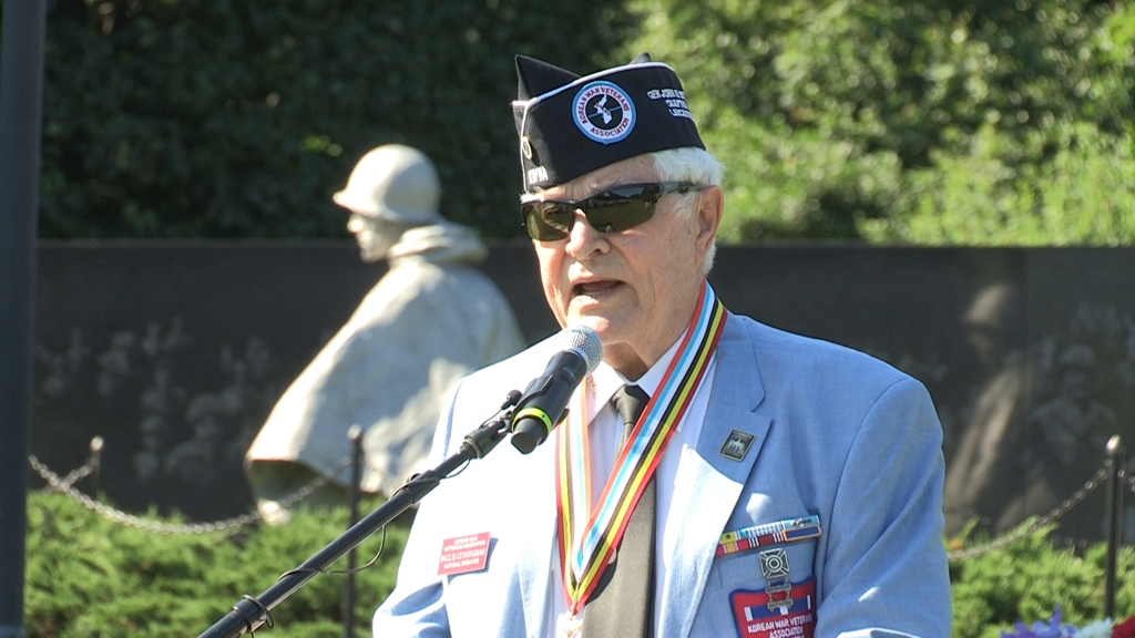 Paul Cunningham, president of the Korean War Veterans Association, delivers opening remarks at a ceremony marking the 68th anniversary of the outbreak of the Korean War at the Korean War Veterans Memorial in Washington on June 25, 2018. (Yonhap)
