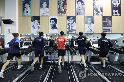 South Korean athletes for the 2018 Asian Games train at the National Training Center in Jincheon, North Chungcheong Province, on July 10, 2018. (Yonhap)