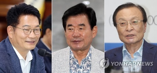 These photos show three candidates for the ruling Democratic Party's new chief. From the left, they are Song Young-gil, the 55-year-old four-term lawmaker; Kim Jin-pyo, the 71-year-old four-term lawmaker; and Lee Hae-chan, the 66-year-old seven-term lawmaker. (Yonhap)