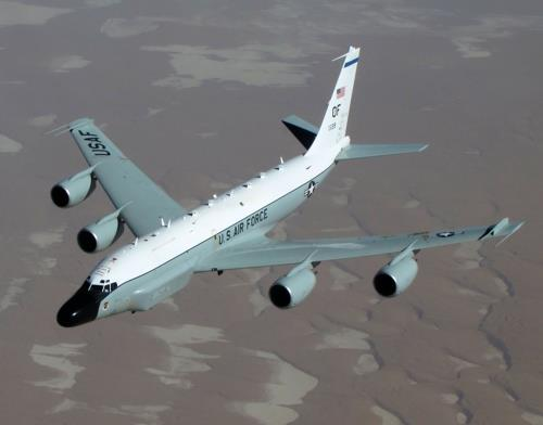 This image captured from the website of the U.S. Air Force shows a RC-135W Rivet Joint reconnaissance plane. (Yonhap)