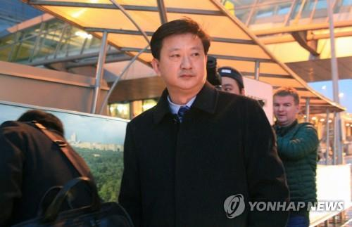 Jo Chol-su, director-general of the North American department at North Korea's foreign ministry, arrives in Moscow on Nov. 5, 2019, to attend a nuclear nonproliferation conference set for Nov. 7-9. His arrival came amid speculation that he could meet with U.S. officials also attending the 2019 Moscow Nonproliferation Conference. (Yonhap)