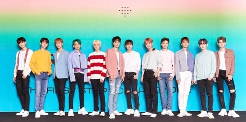 K-pop boy band TREASURE poses for photos at a press conference on Aug. 7, 2020, at the CGV theater in Seoul's Yeongdeungpo Ward, in this photo provided by YG Entertainment. (PHOTO NOT FOR SALE) (Yonhap)