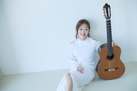 (LEAD) (Yonhap Interview) Park Kyuhee hopes to play role in promoting classical guitar in S. Korea