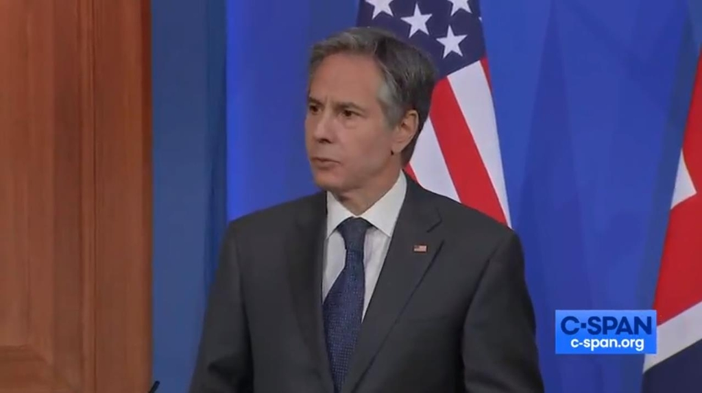 The image, captured from the website of U.S. cable news network C-Span, shows U.S. Secretary of State Antony Blinken answering questions in a joint press conference with his British counterpart, Dominic Raab, held in London on May 3, 2021. (PHOTO NOT FOR SALE) (Yonhap)