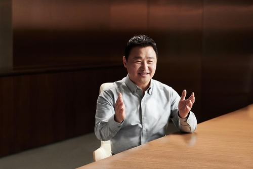 Roh Tae-moon, chef de la division mobile de Samsung Electronics. (Photo fournie par Samsung Electronics. Revente et archivage interdits)