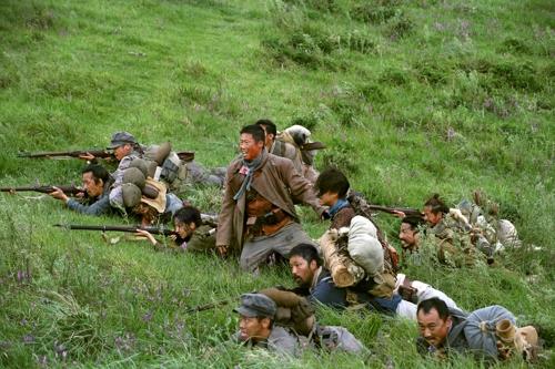영화 '봉오동 전투'의 전투 장면 스틸컷 [쇼박스 제공]