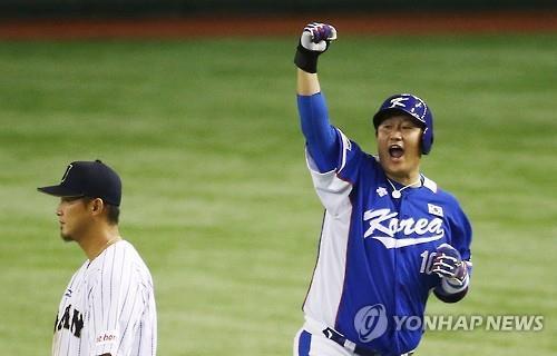 2015년 프리미어12 일본과의 준결승서 역전 2타점 적시타 친 이대호