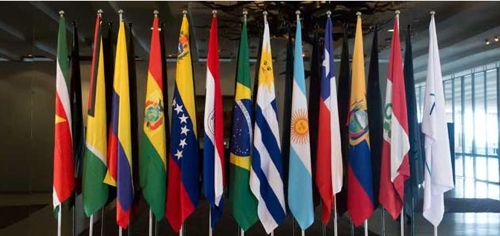 메르코수르 회원국과 준회원국 국기 [브라질 외교부]