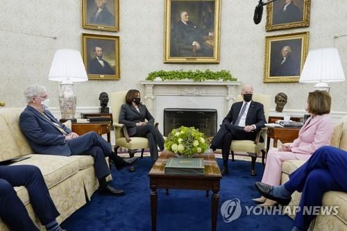 바이든, 백악관서 여야 대표 첫 회동 [AP=연합뉴스 자료사진]