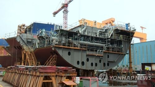 Gov't urges shipbuilders to endure wage hike