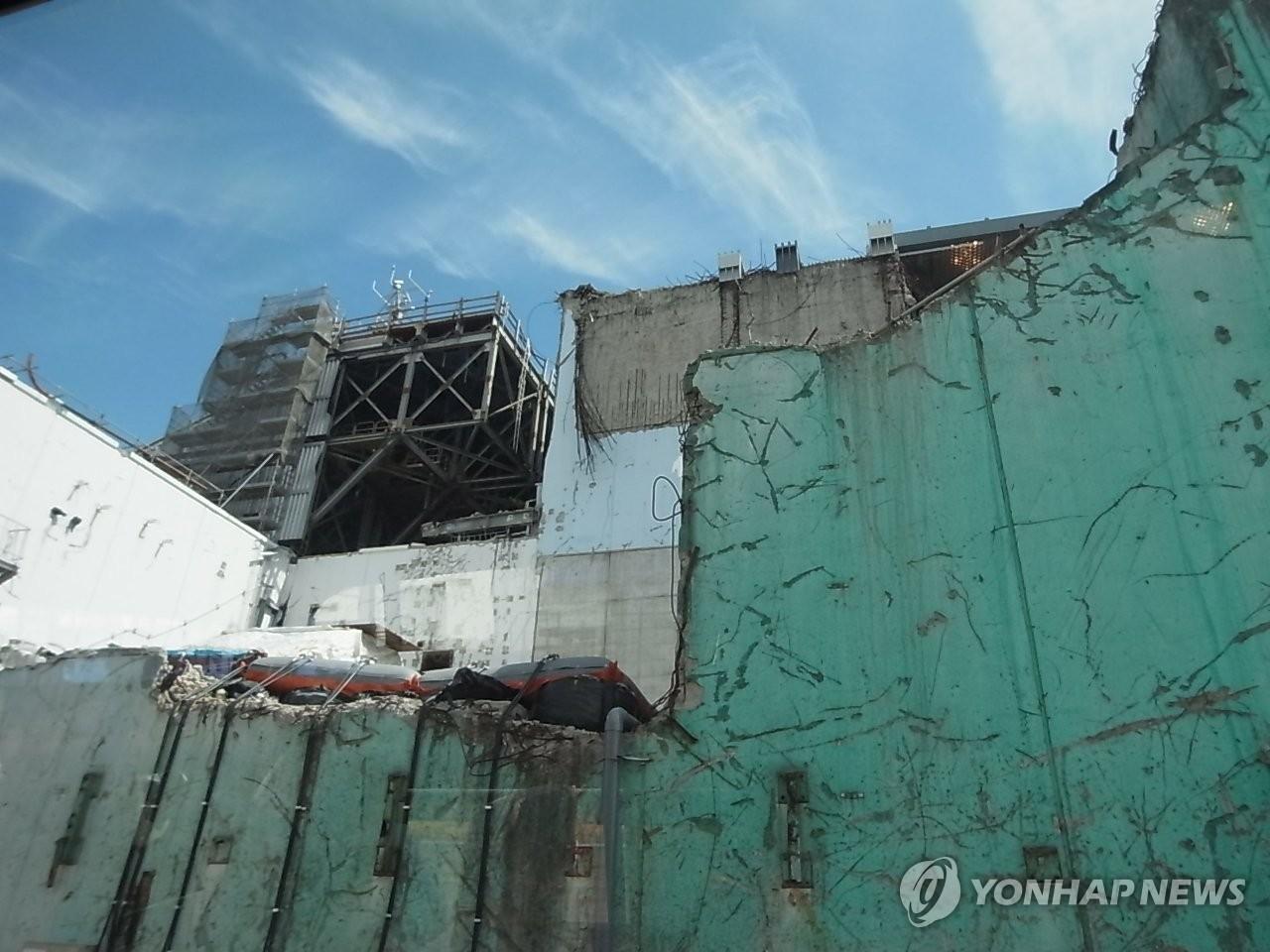 사고 상흔 보이는 후쿠시마 원전(2017년)
