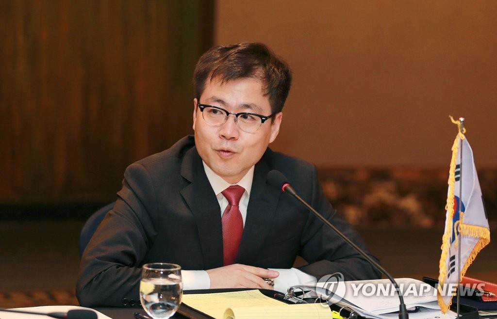 This file photo, provided by Seoul's trade ministry, shows Yeo Han-koo, South Korea's chief negotiator to the three-way free trade negotiations with China and Japan. (PHOTO NOT FOR SALE) (Yonhap)