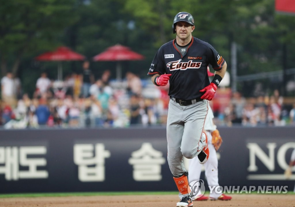 In this file photo, from July 13, 2019, Jared Hoying of the Hanwha Eagles rounds the bases after smacking a two-run home run against the Kia Tigers in the top of the fifth inning of a Korea Baseball Organization regular season game at Gwangju-Kia Champions Field in Gwangju, 330 kilometers south of Seoul. (Yonhap)