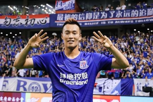 (LEAD) In-form striker playing in China named to S. Korean roster for World Cup qualifier