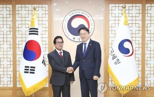 S. Korean, Bangladesh tax chiefs discuss cooperation